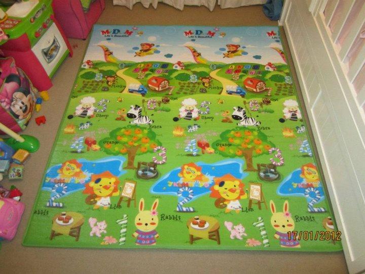 Alfombras para ninos beautiful la redoute alfombra - Alfombra suelo bebe ...