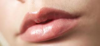 Bibir, Pecah-Pecah