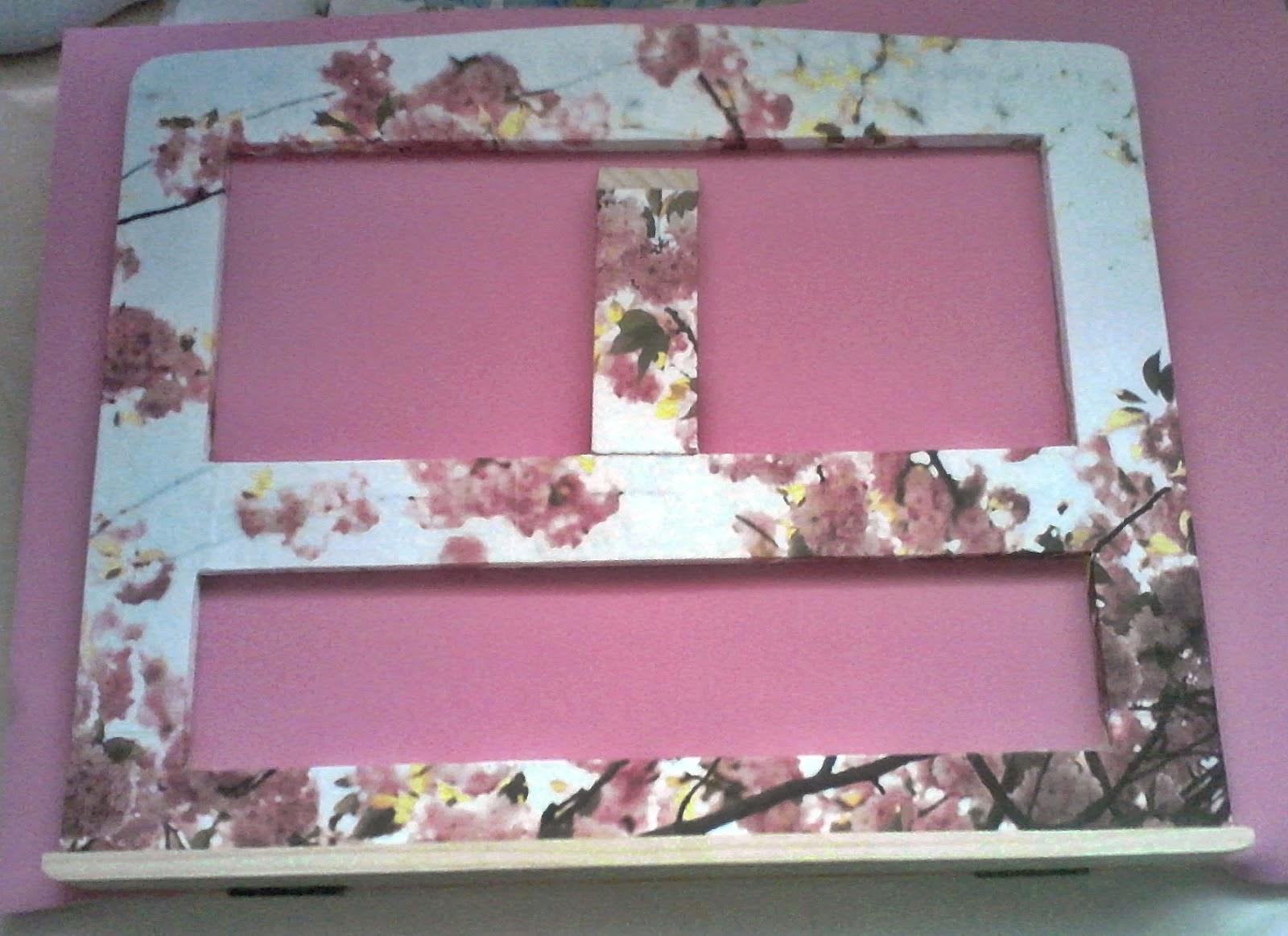 Atril de lectura pink cherry blossom - Atril decoracion ...