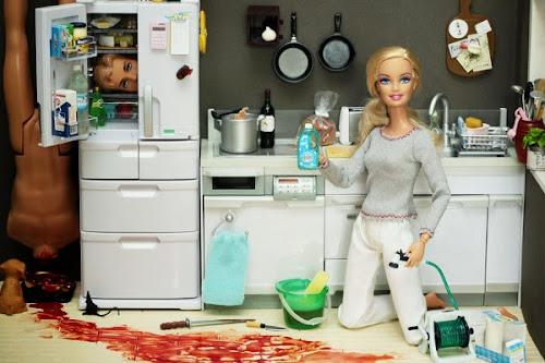 As Barbies insanas de Mariel Clayton