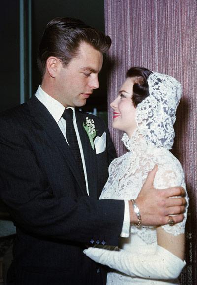 Primera boda con Robert Wagner