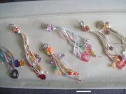 Les comparto imagenes de los llaveros que se dierón de recuerdos del Bautizo . llaveros