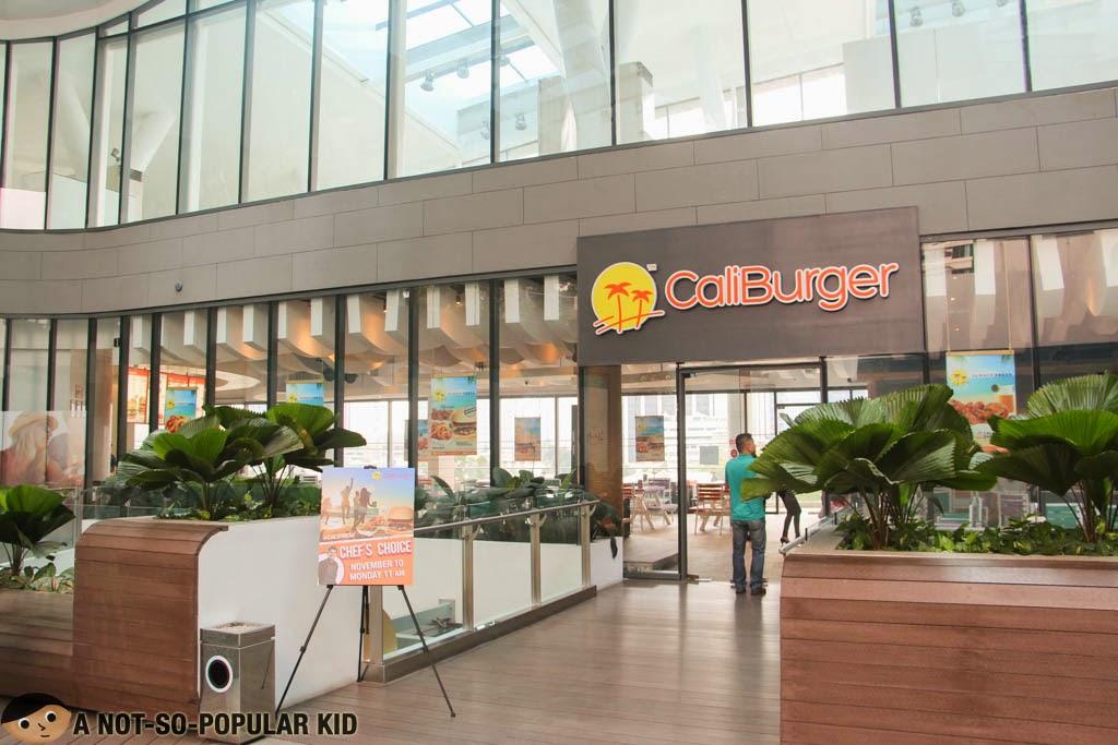 CaliBurger in Century City Mall, Makati