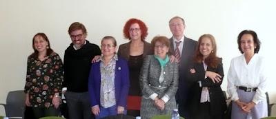 Sandra con los miembros del tribunal y las directoras