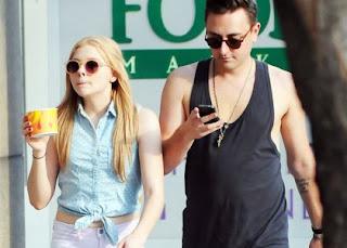 Chloe Moretz's Frozen Toronto Treat » Gossip | Chloe Moretz