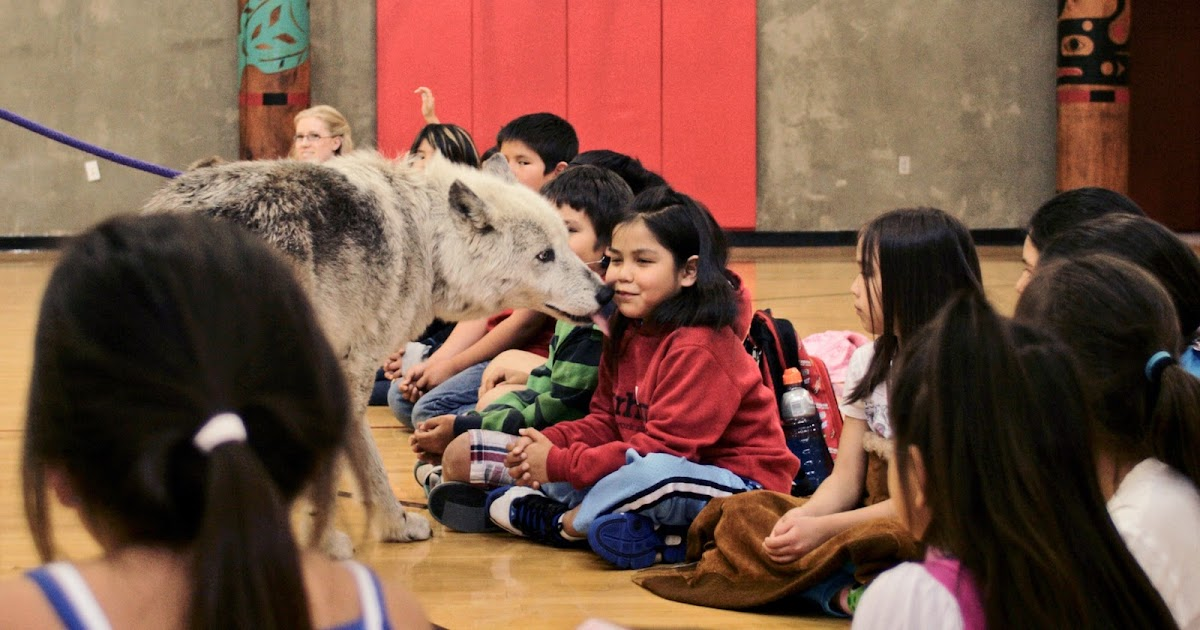 "28th Annual Edmonds Community College Powwow, ""Teachings of the Wolves"""