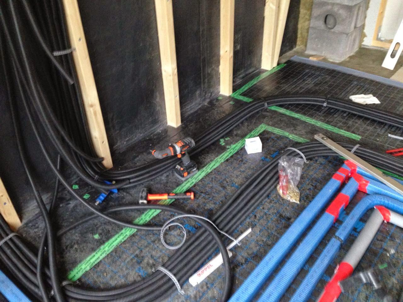 christian danielas baublog elektroinstallation verlegung der leerrohre. Black Bedroom Furniture Sets. Home Design Ideas