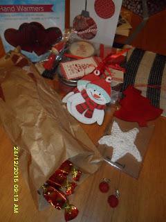 http://sadunjoulu.blogspot.fi/2015/12/jouluaatto-on-nyt-herttainen.html