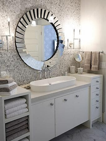 To da loos 12 round bathroom vanity mirrors for Funky bathroom design ideas