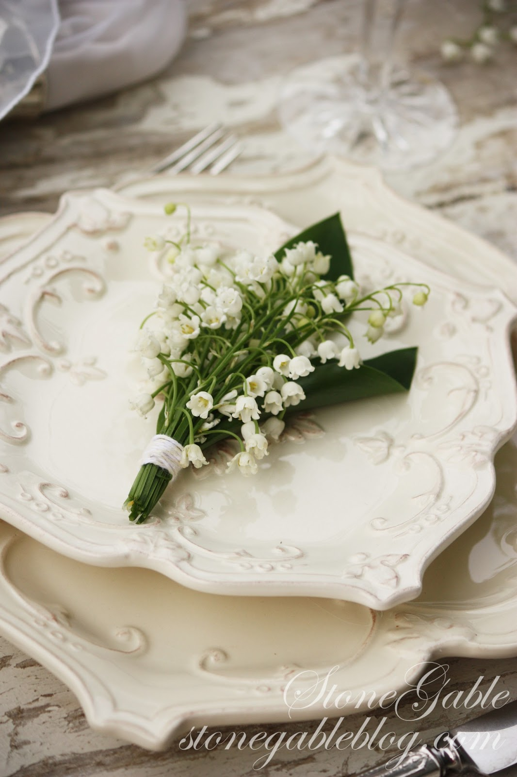 Lily of the valley tablescape stonegable lily of the valley tablescape izmirmasajfo