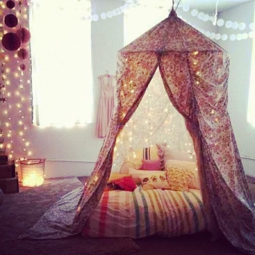 this lovely canopy tent & My Stuff Room / Galore-ious Stuff: Boho Chic