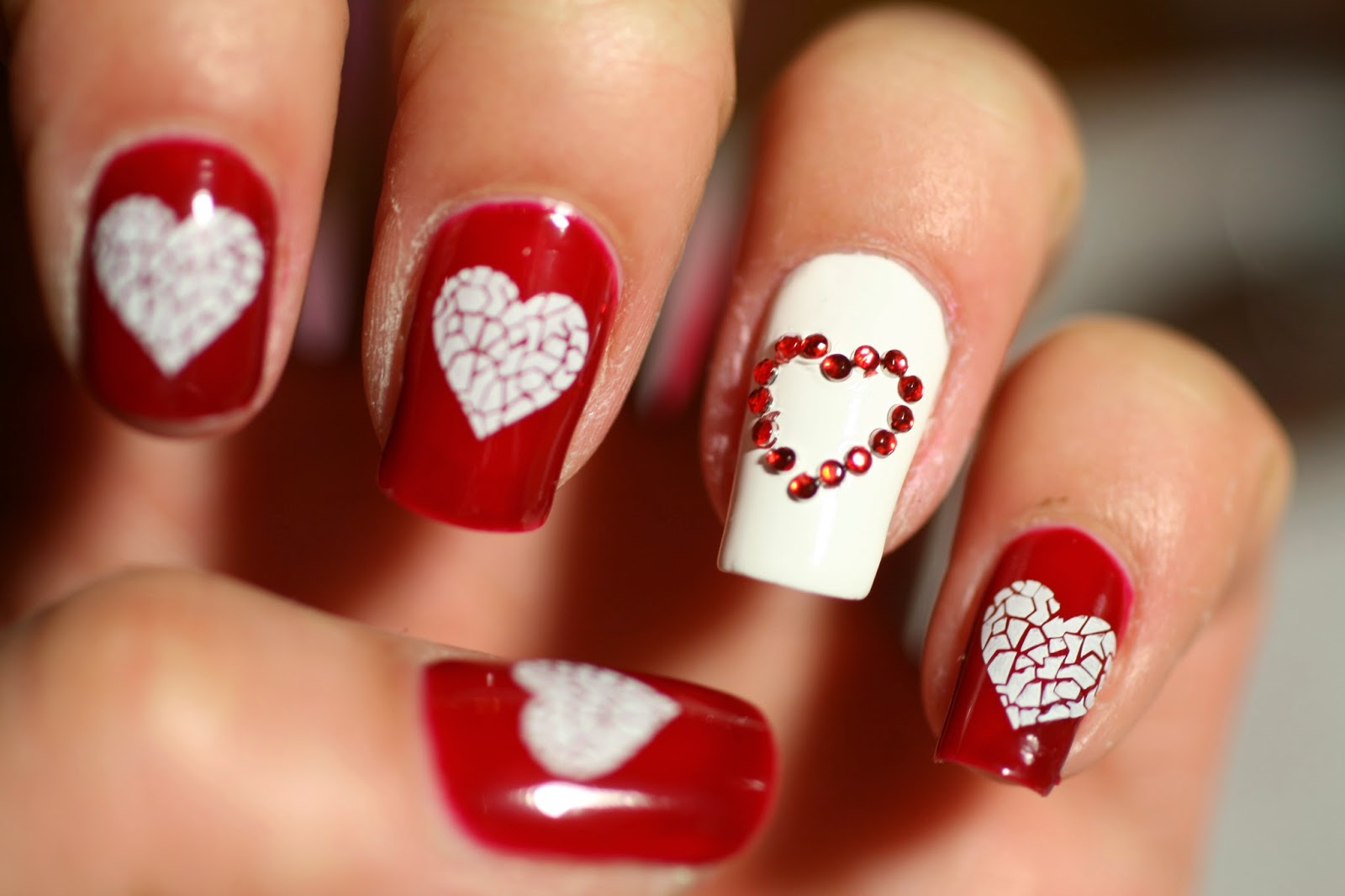 20 Trendy Valentine' day nail art ideas