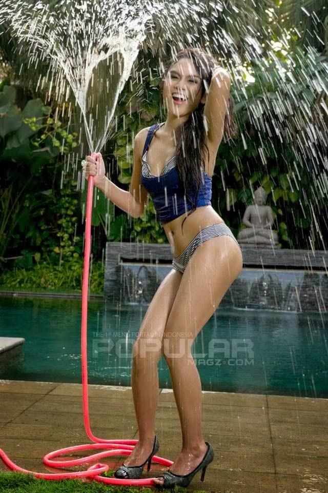 http://indonistik.blogspot.com/p/blog-page_9.html