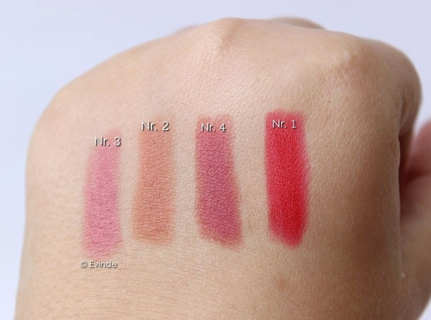 lovely color wear lipstick