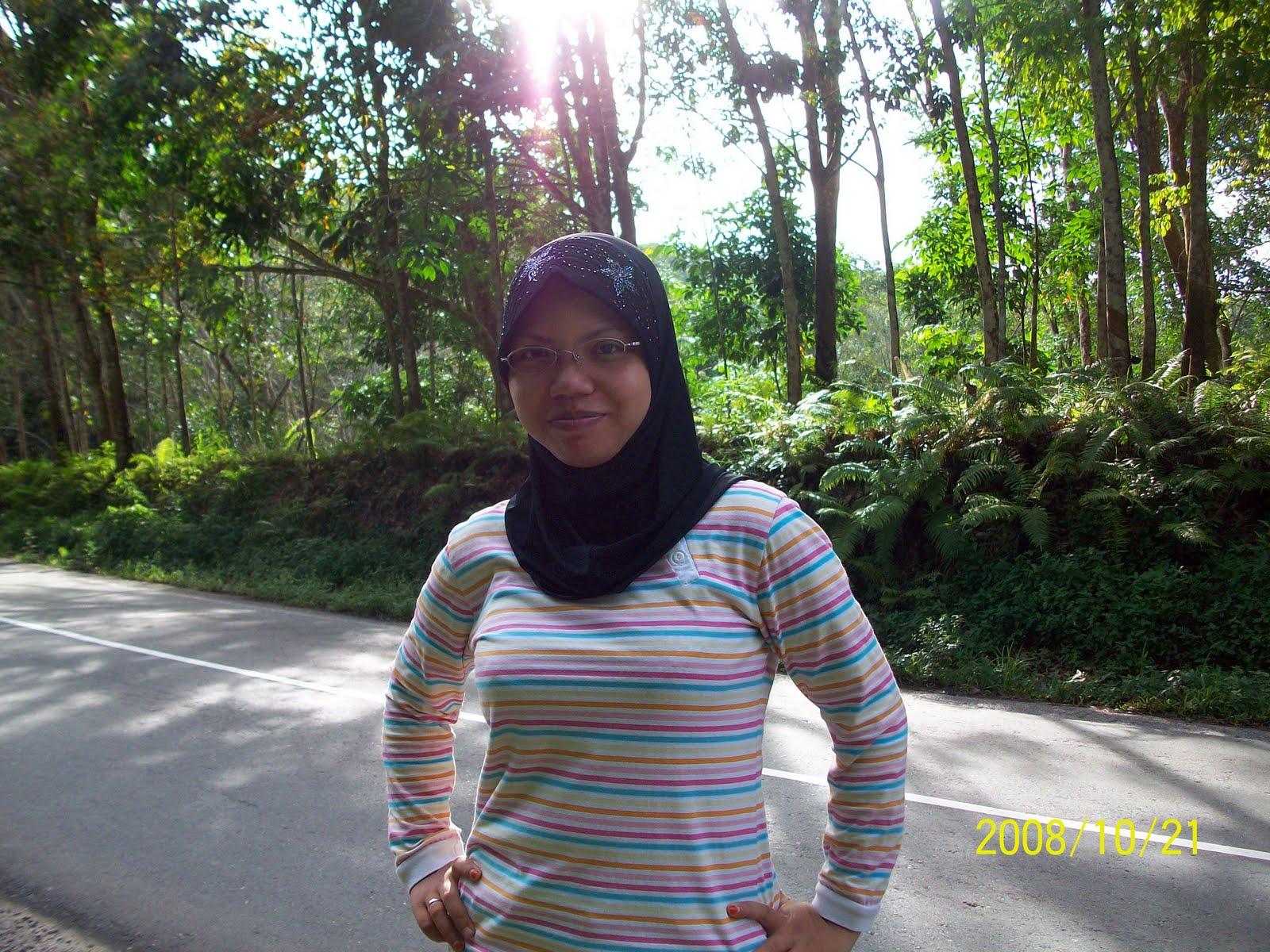Displaying 20> Images For - Melayu Montok...