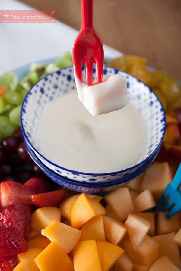 fondue fredda con frutta e yogurt