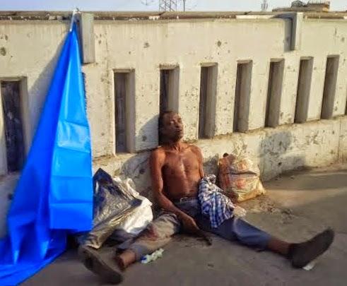 pictures homeless man found dead on lekki lagos bridge