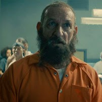 """El Mandarín llega a la cárcel en el primer clip de """"All Hail the King"""""""