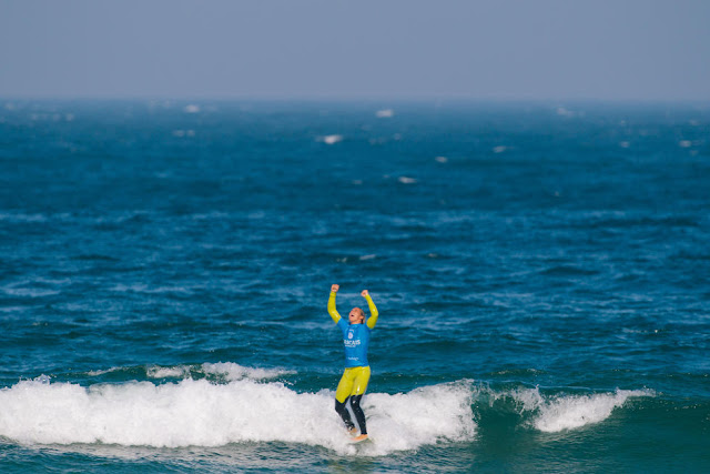 16 Courtney Conlogue USA Cascais Womens Pro 2015 WSL Thomas Lodin