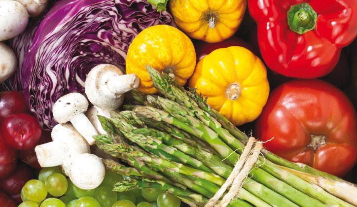 Coma legumes de todas as cores do arco-íris!