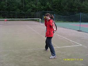 Tervetuloa Olavi Lehdon vetämille tenniskursseille e-mail: tennisvalmentaja@gmail.com