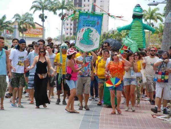 Bloco 'Jacaré do Açude Velho' anima comemoração do carnaval em Campina Grande