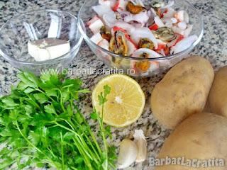 Fructe de mare cu cartofi natur Toate ingredientele folosite la reteta