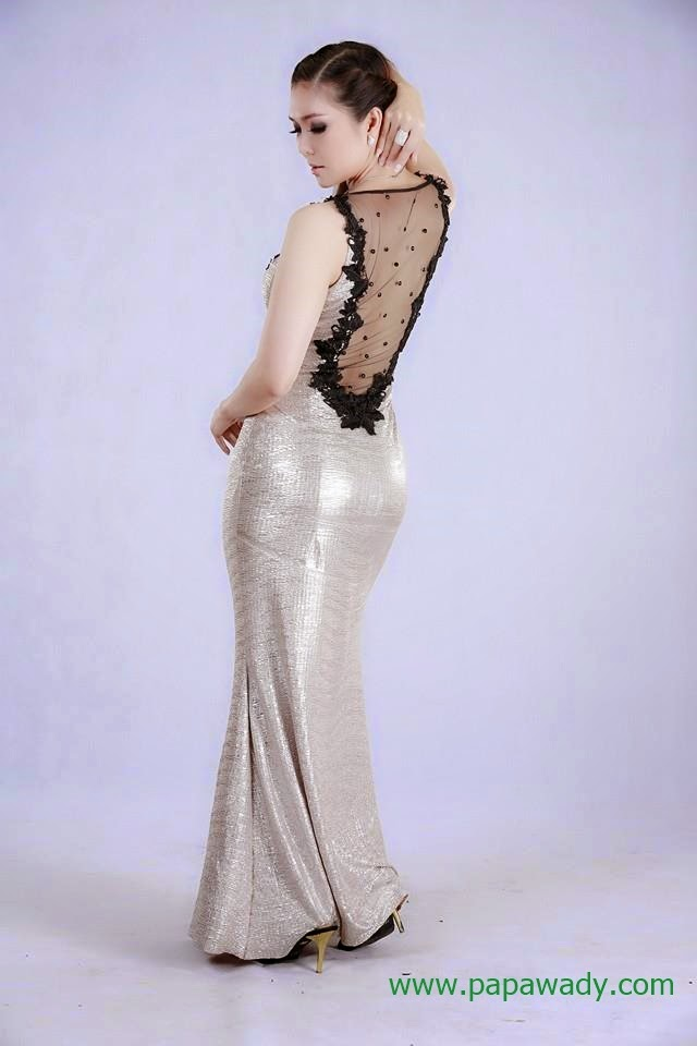 Khun Sint Nay Chi - 15 Photos Collection of Nice Outfit Photos