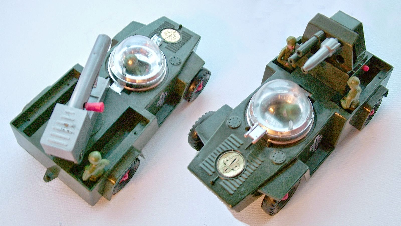 Circuit Boards Recycled Make Santa Happy Technik T Board Clock Black Stones By Debbyaremdesigns Codeg Armoured Firing Car And Spacex Cricket Bill