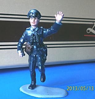 Раскрашенный солдатик - немецкий офицер