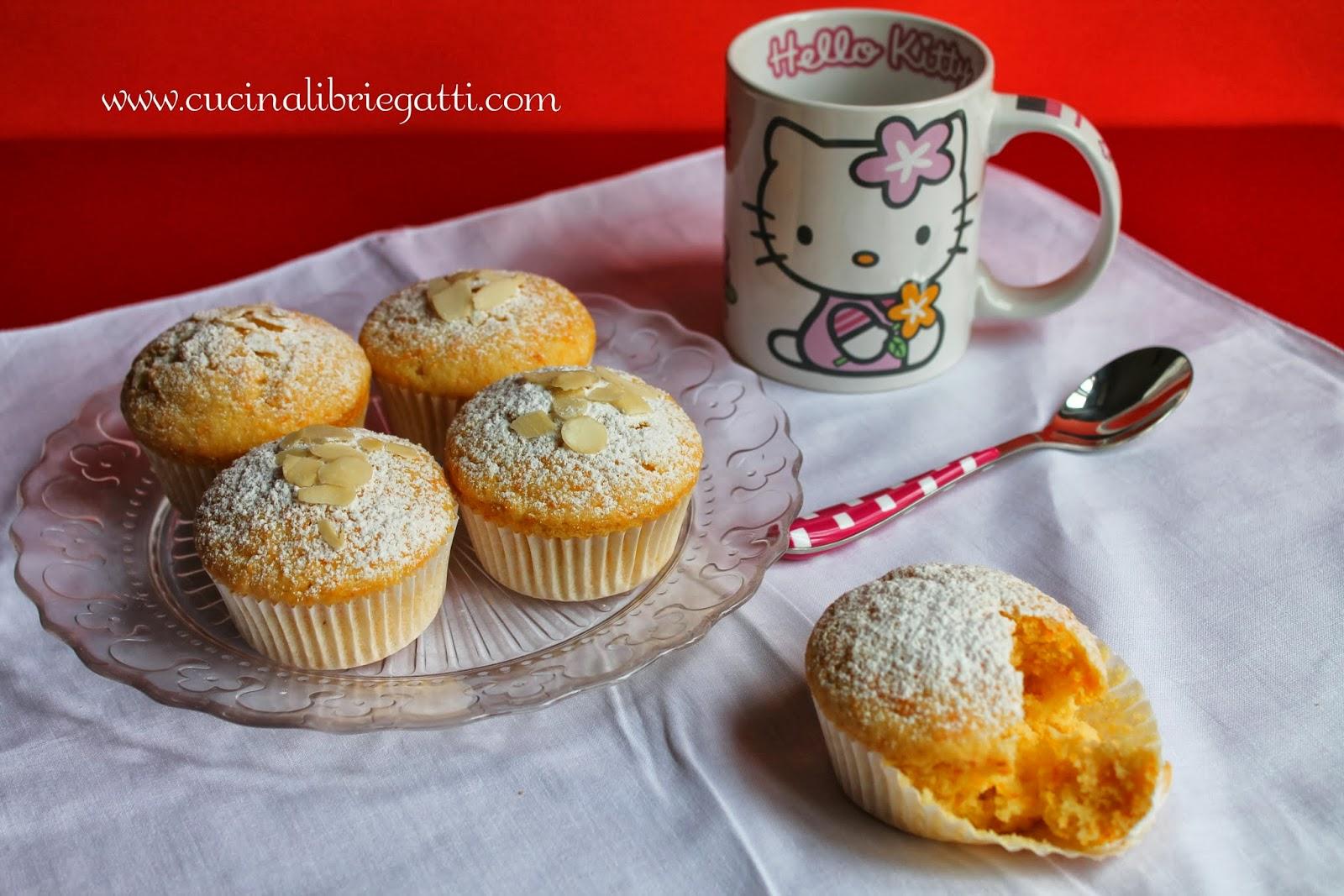 Muffin mandorle e carote cucina libri e gatti - Non dirgli mai che siamo stati a letto ...
