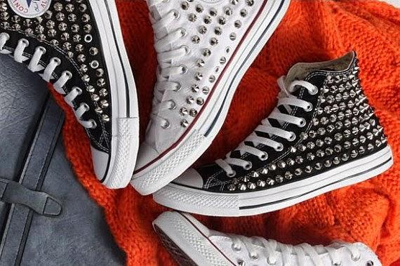 Zapatillas con tachas 2014 todo zapatos for Piletas cuadradas de lona