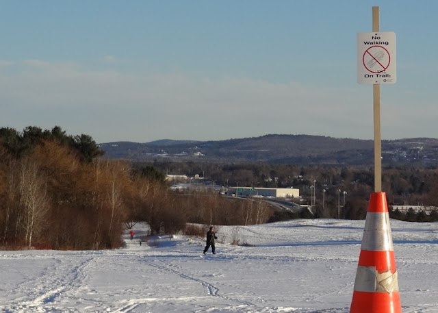 Cross_Country_Skiing,Bangor,Maine,Golf_Course,Groomed,lighted,trails