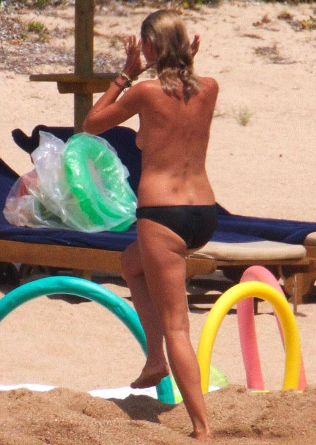 Heidi Klum Topless For Santa somewhere in the Caribbean
