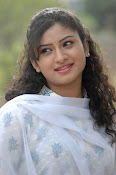 Vishnu priya photos from 21st century Love-thumbnail-15