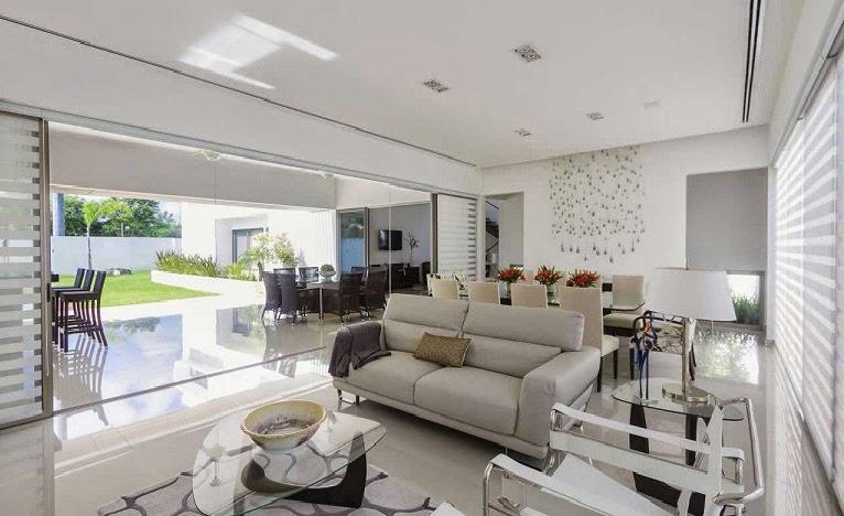 Moderna l neas puras minimalistas casa kopche grupo for Casas modernas 2016 interior