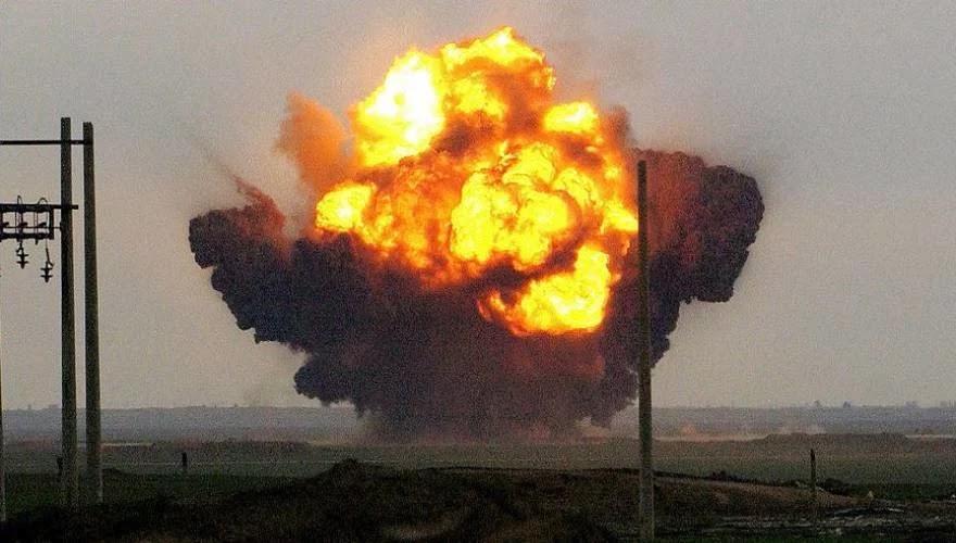 Τρομακτικό βαλλιστικό κτύπημα σε Αμερικανούς μισθοφόρους και Σαουδαράβες σε βάση στην Υεμένη - Εκατοντάδες νεκροί! (VID)