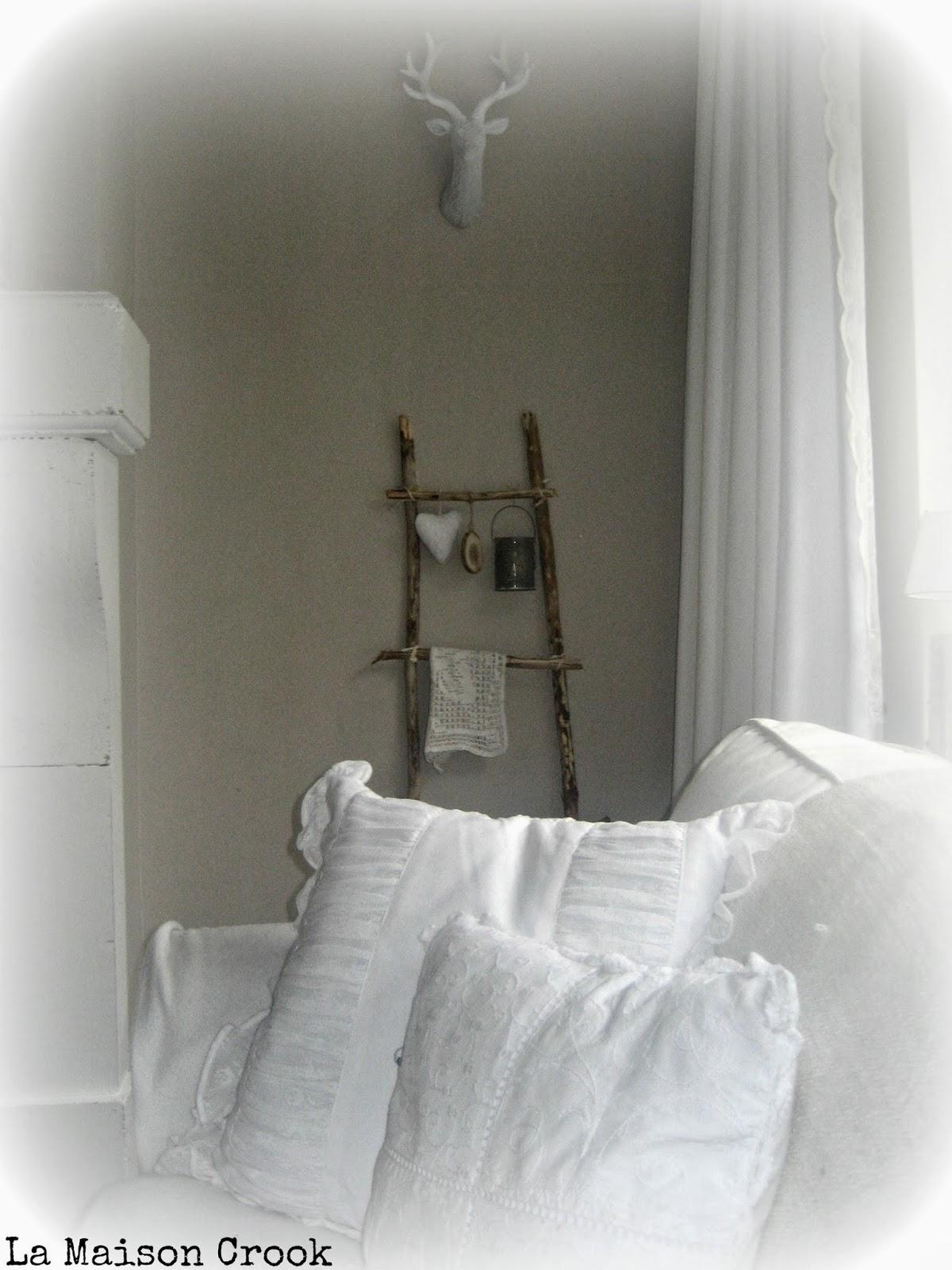 La Maison Crook: Eigengemaakte decoratieve, rustieke, houten ladder ...