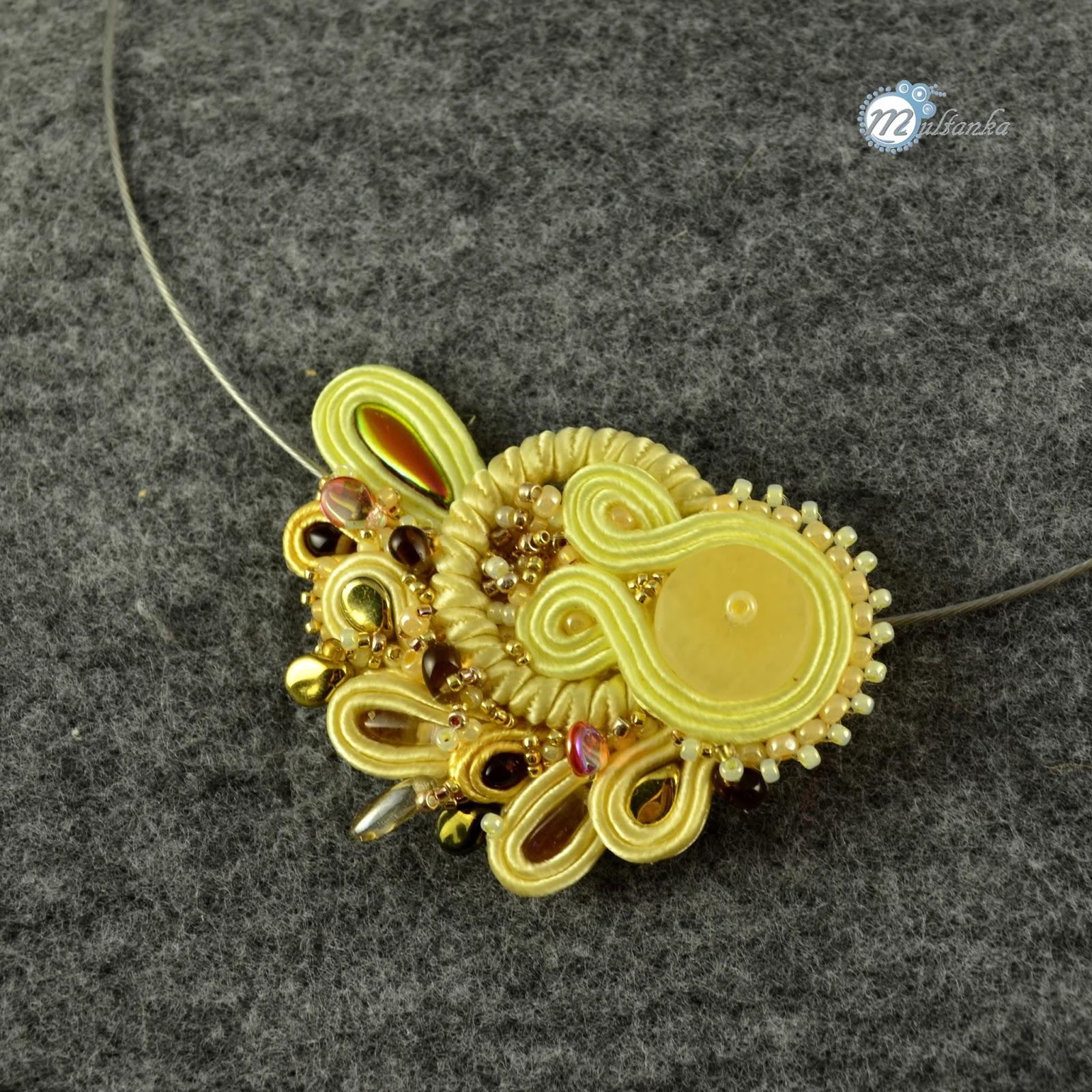 żółty niewielki naszyjnik sutasz. wykonanie - multanka
