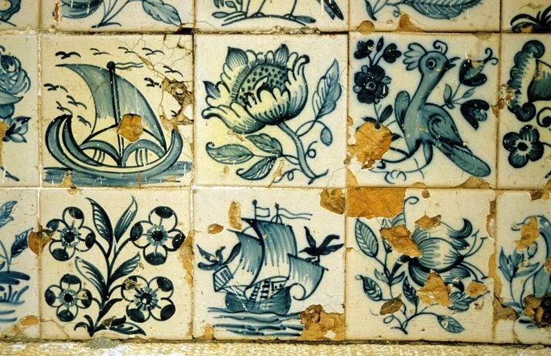 Casa dorada para p jaros azulejos for El mundo de los azulejos