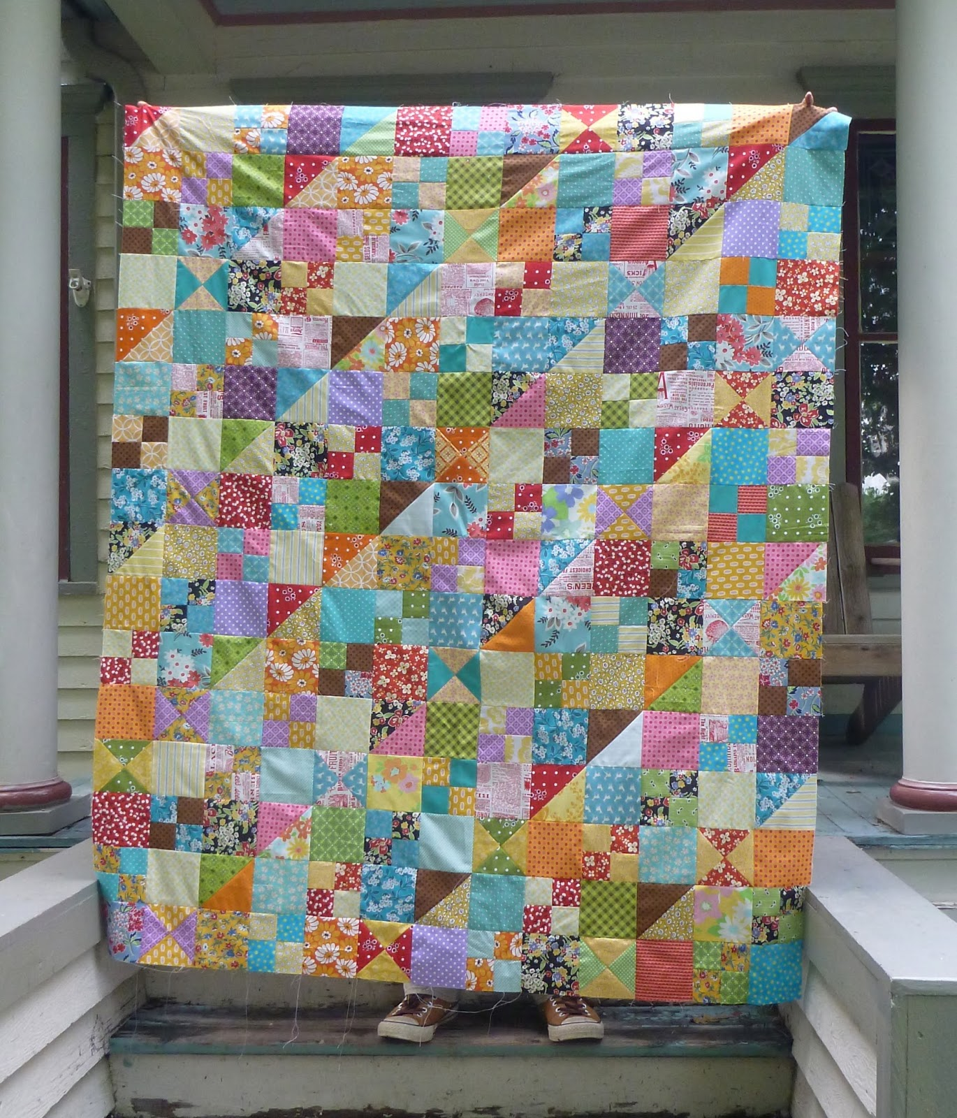 Sewn that quirky scrap quilt done for Scrap quilt