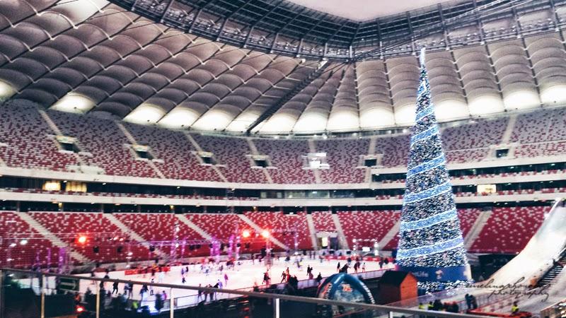 Blogowigilia 2014, kosmetyczka, stadion narodowy, Warszawa, choinka. lodowisko, trybuny