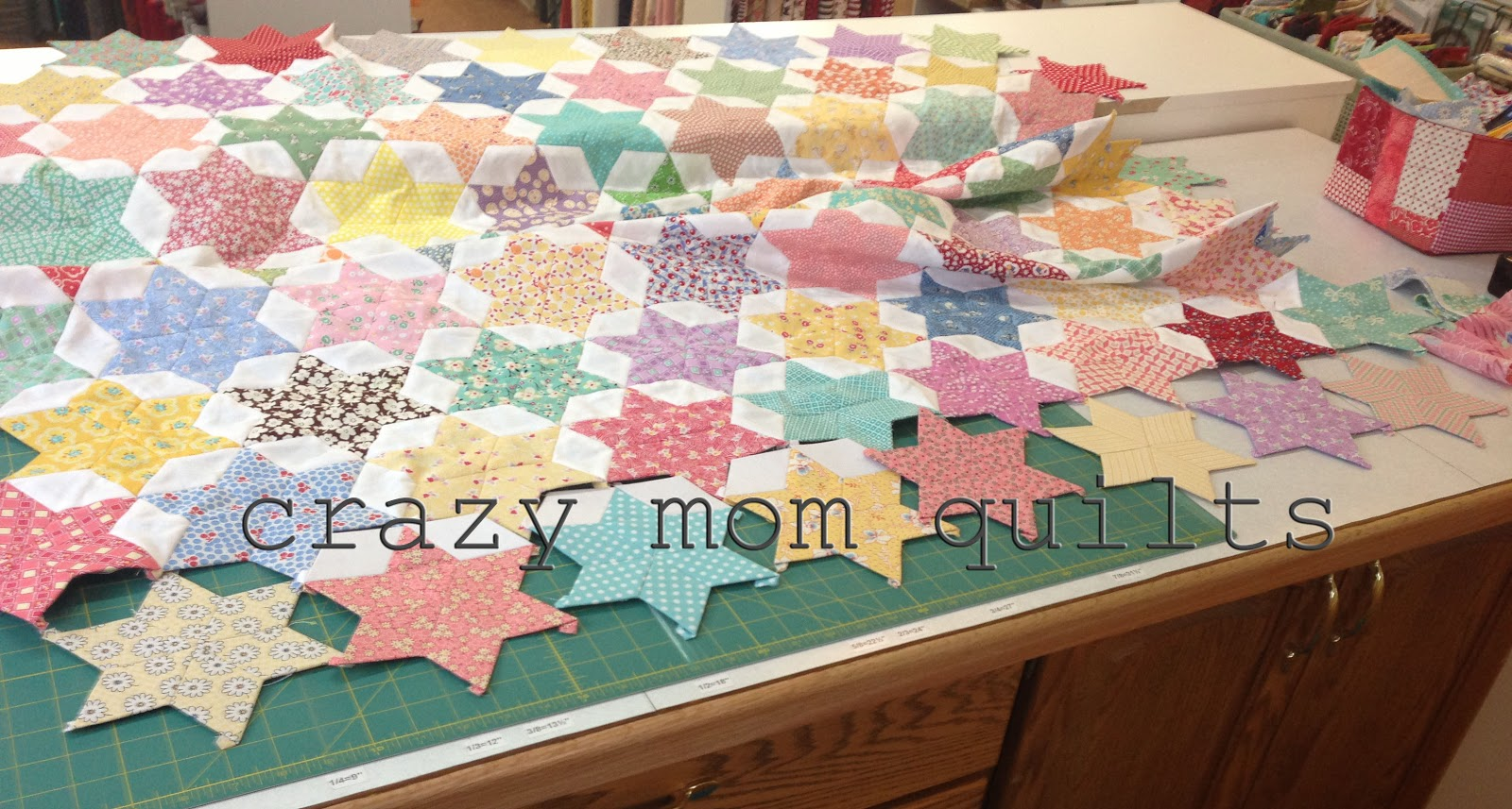 Daisy Chain English Paper Piecing project   Red Pepper Quilts      Red Pepper Quilts