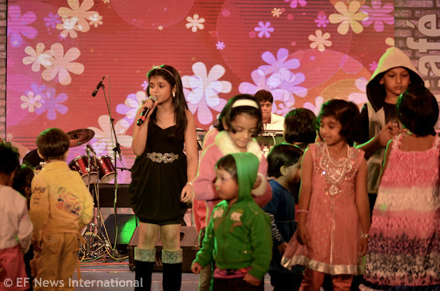 Antara Nandy and Children - Alive India Concert - Parmita Borah photography