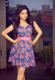 Aishwarya Menon (10).jpg