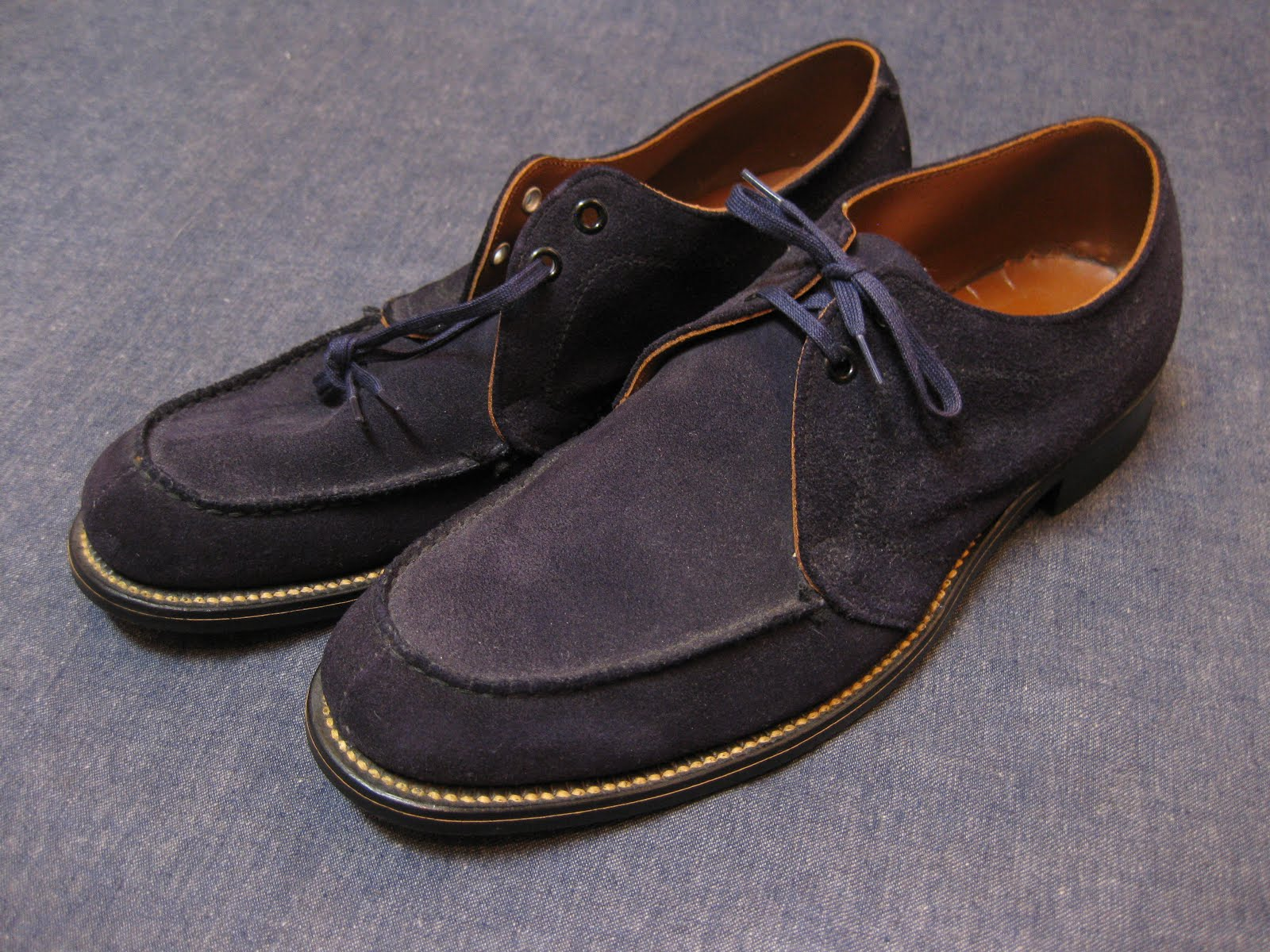50's DEAD STOCK               BLUE SUEDE SHOES                SOLD