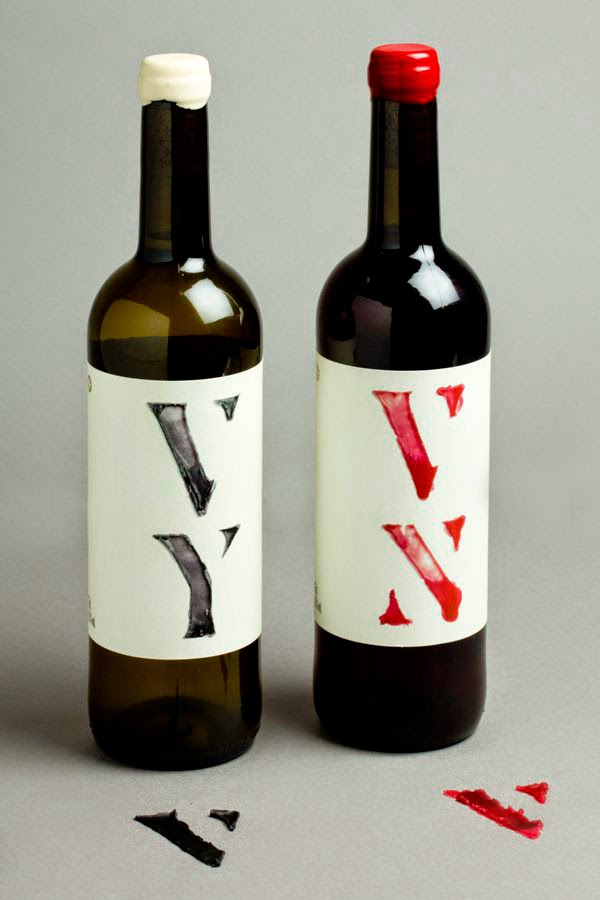 partida creus wax type for wine bottle design