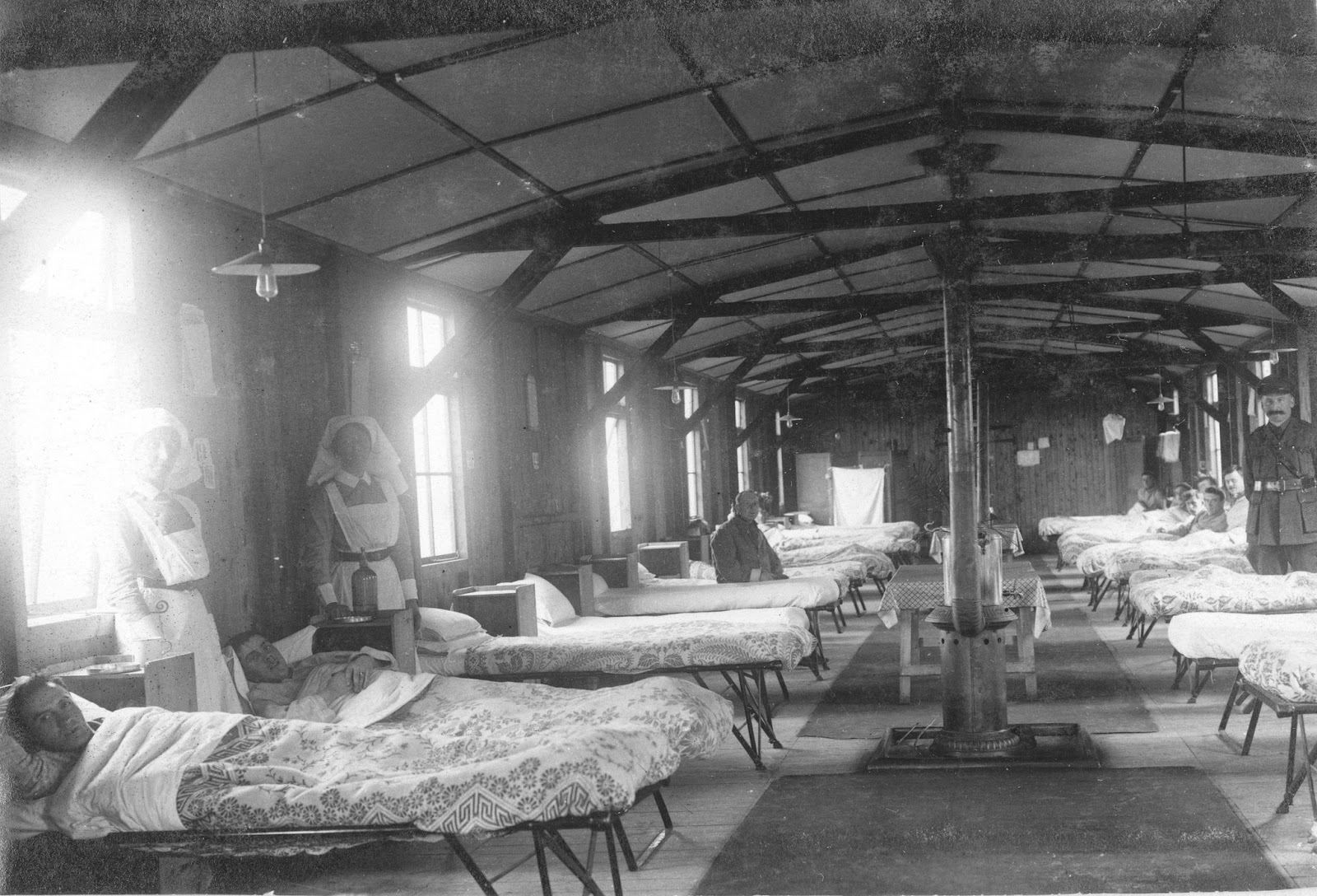 Nursing Sister Philips WW1 Photo Album 14V - The Ward