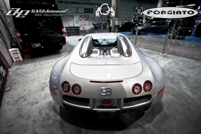 improved bugatti veyron with forgiato wheels in los angeles 2011 live photo. Black Bedroom Furniture Sets. Home Design Ideas