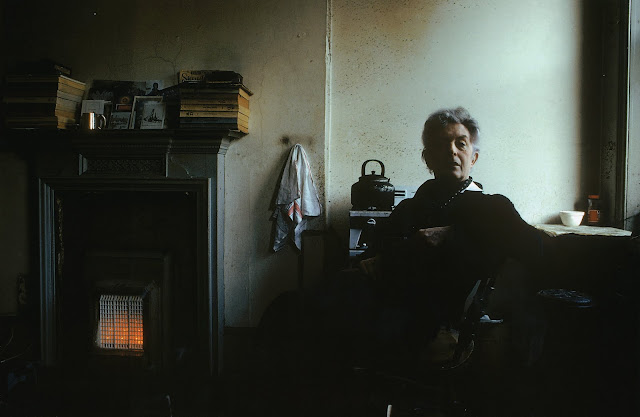 Quentin Crisp, The Naked Civil Servant, Edward Barber photographer, Fontana 1977